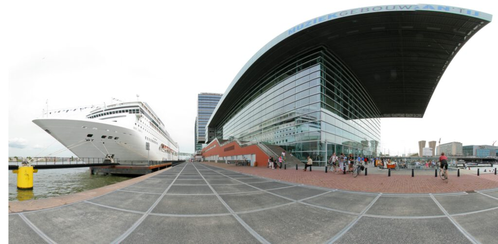 Netherlands - Amsterdam - PTA and MSC Lirica